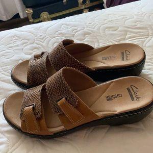 Clark Strappy croc embossed sandals-9
